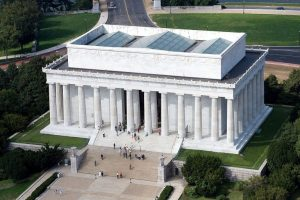 Yule-marble-as-featured-on-the-exterior-of-the-Lincoln-Memorial.-768x514